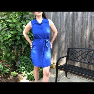 Blue sleeveless shirt dress